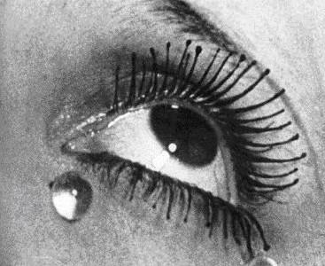 Larmes (1930) - Man Ray